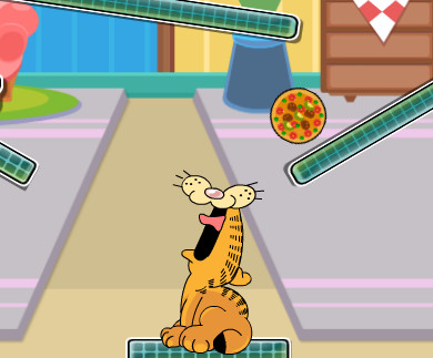 Garfield Eats Pizza