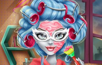 Ghoulia Yelps Makeover