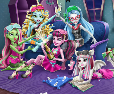 Monster High Pigiama Party